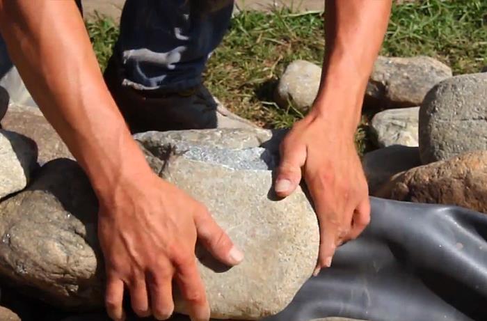 Укладка камня в рокарий